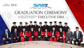 """踏上""""创造知识""""人生新台阶——2012级13名学员收获博士头衔"""